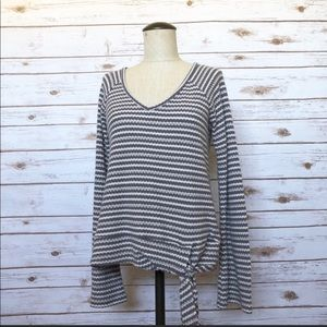 💜LUCKY BRAND striped bell sleeve top